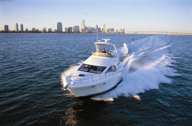 Sea Ray - 36 Sedan Bridge , Goolwa. Sea Ray Sales SA Pty, Ltd., Goolwa, ...