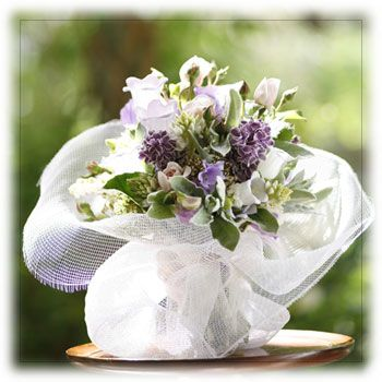 Buy Clustered Posy