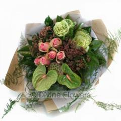 Grouped Bouquet Pink & Green