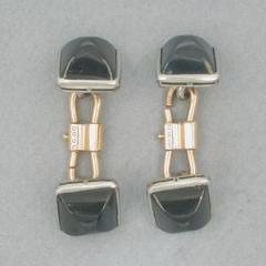 A Pair Cabochon Sapphire Cufflinks