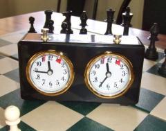 Analogue chess clock