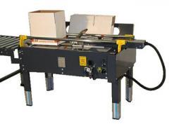 F104 carton erector