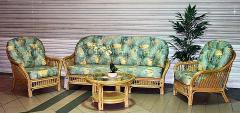 Rachelle Lounge Suite