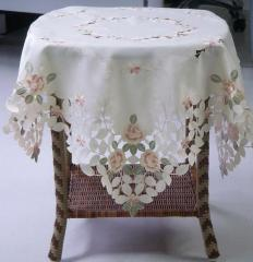 Embroided table toppers