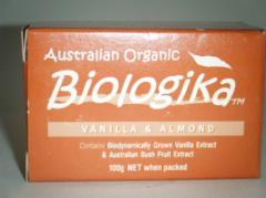 Biologika 100g Organic Vanilla & Almond Soap