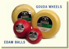 Gouda Cheese Wheels & Edam Cheese Balls