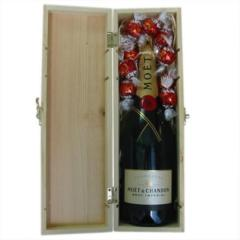 Moet & Chandon Champagne Gift Box