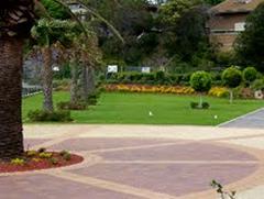 Lawns & Gardens